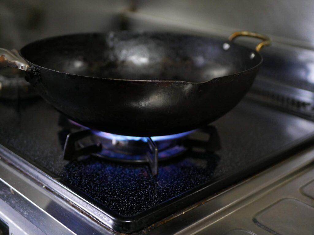 20年間育てた鉄鍋です。焦げ付きません。