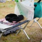 キャンプで荷物を直置きしない「超便利!おりたたみベンチ」の使い方
