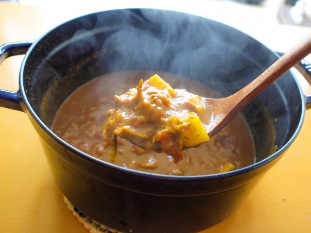 カレー鍋とカレー