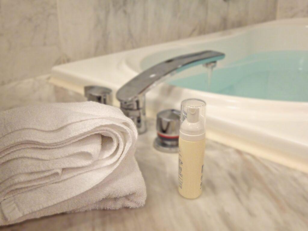 お風呂はこまめに掃除すると楽です。