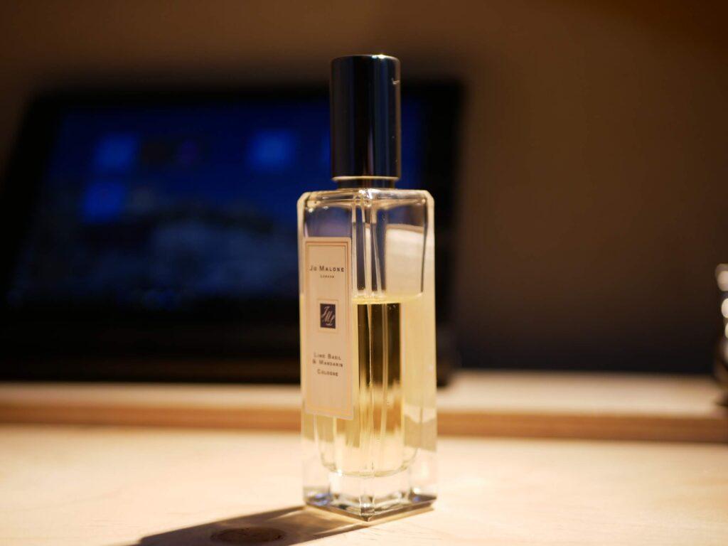 香水は濃度により呼び方が違います。