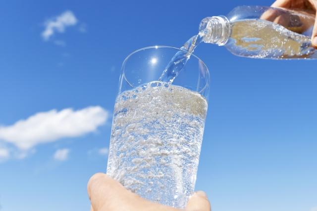 ペットボトルの炭酸水 保管の方法でかわる